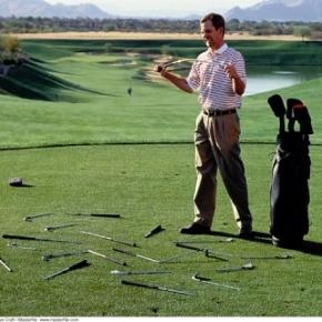 Sergio Garcia Goes Recreational Golfer On A Bunker InDubai